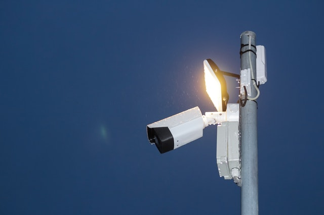 smart camera with flood light